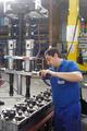 [電動トルクレンチ][電動レンチ][日本プララド][大型ボルト締付け][ボルトの並行締め][ボルトの平行締め]日本プララド - 電動トルクレンチ特注仕様 ボルト2本並行締め