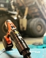 [日本プララド][コードレス電動レンチ][電動トルクレンチ][トルク管理工具][大型トルクレンチ][大型ボルト締め工具][建機のボルト締め][締め付けトルク2000Nm]コードレス電動トルクレンチで建機の大型ボルト締め-日本プララド