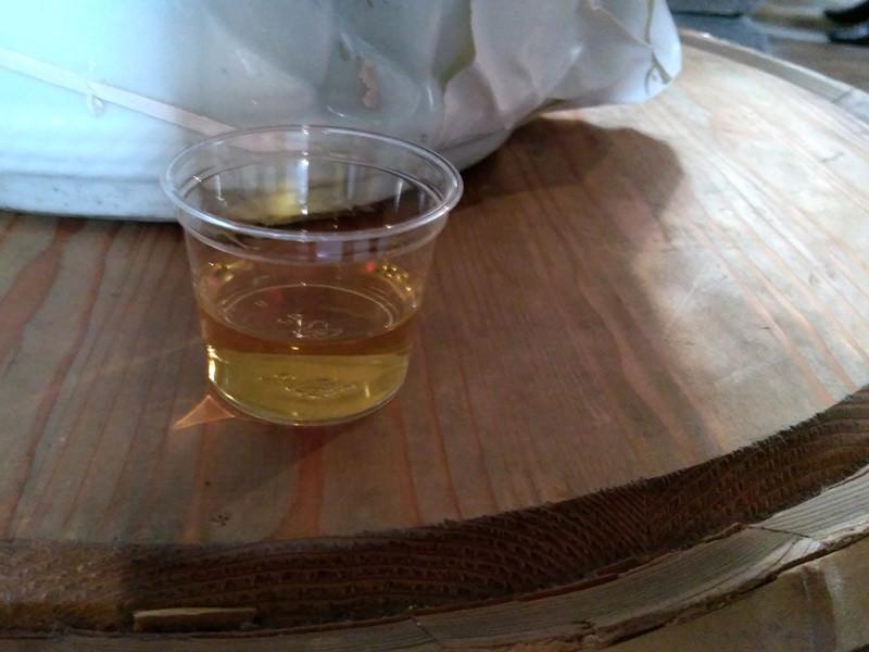 池亀酒造:蔵びらきの現地のみで有料試飲「11年貯蔵黒麹清酒」