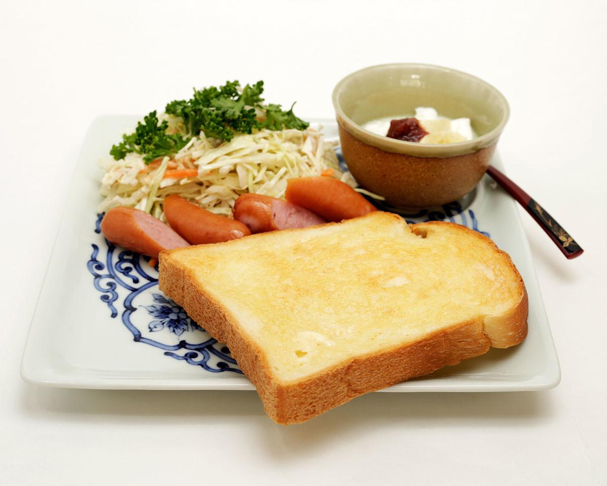 【たびたび登場するワンプレート朝食】