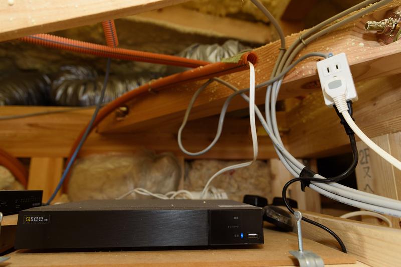 WIC 屋根裏 LAN配線 防犯カメラ