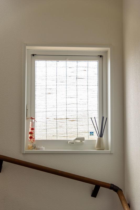 西日対策 猛暑対策 縦すべり出し窓 遮熱 簾 すだれ YKK APW330 ホワイト
