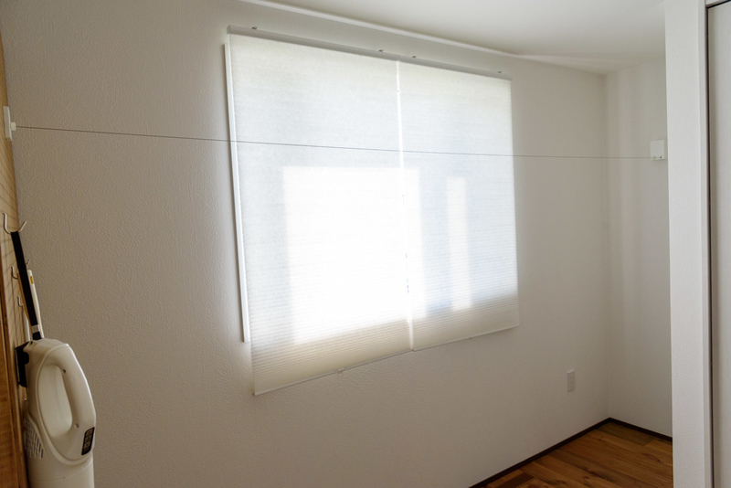 IKEA HOPPVALS 断熱ブラインド DIY 有孔ボード パンチングボード 壁 ラブリコ ツーバイフォー 2×4 室内物干しワイヤー pid4m 森田アルミ工業