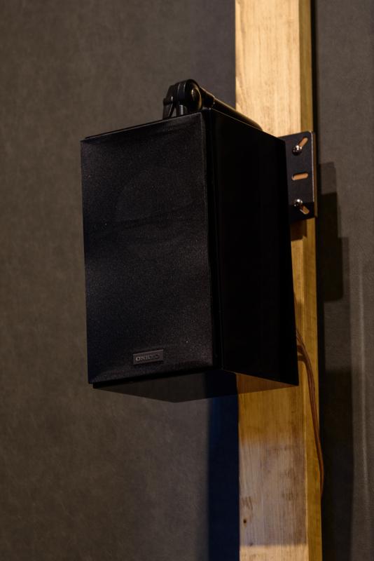 D-509M ONKYO シアタールーム ホームシアター 壁掛け スピーカー リアスピーカー サラウンドスピーカー ラブリコ ツーバイフォー 2×4