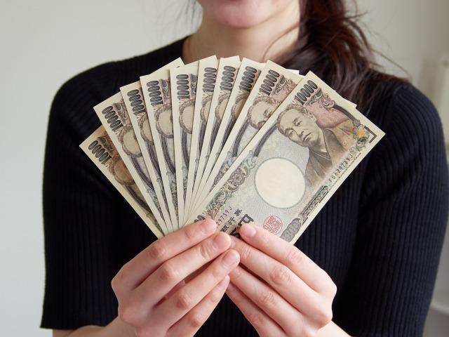 40代の平均貯金と平均年収