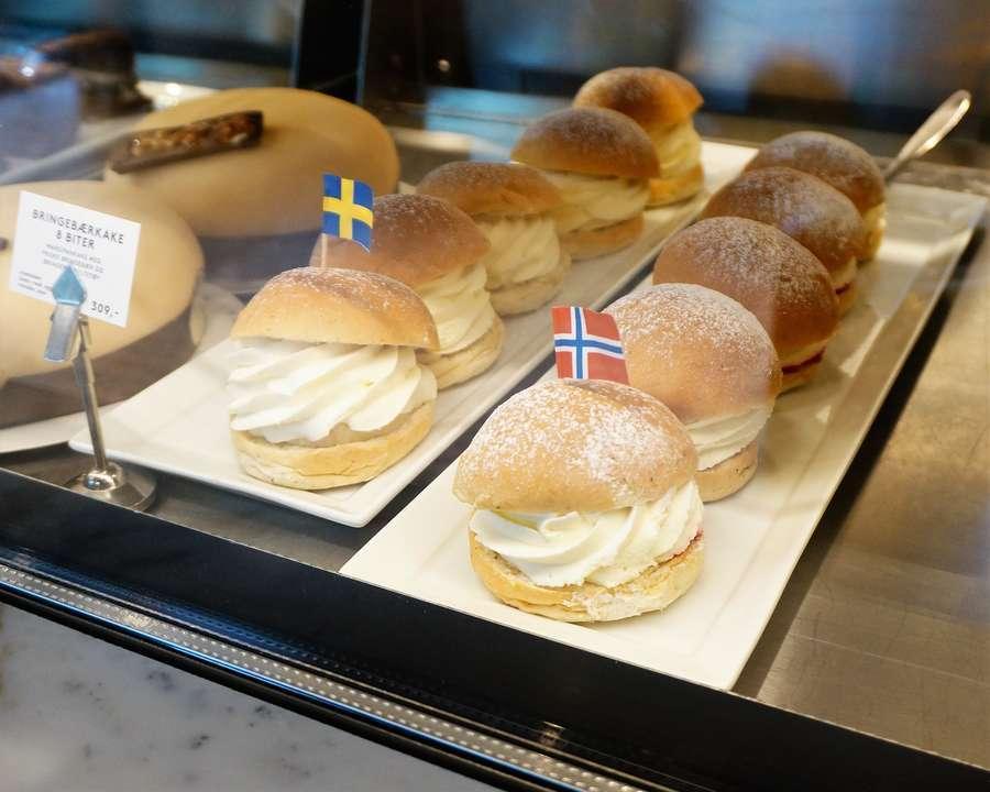 北欧の菓子パン・スウェーデンのセムラとノルウェーのファステラーヴンスボッレ