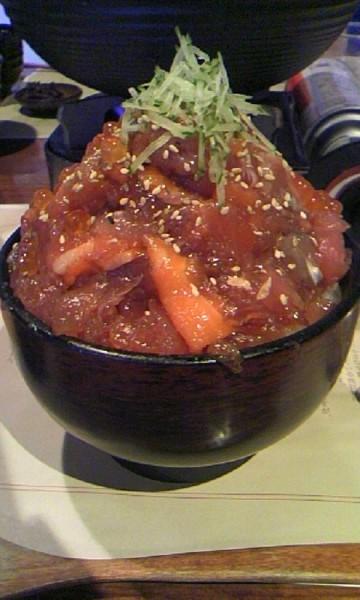 山盛り海鮮丼