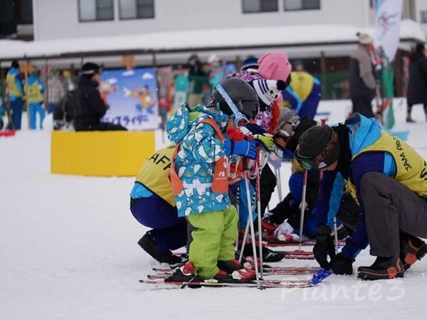 スキーレッスンの写真