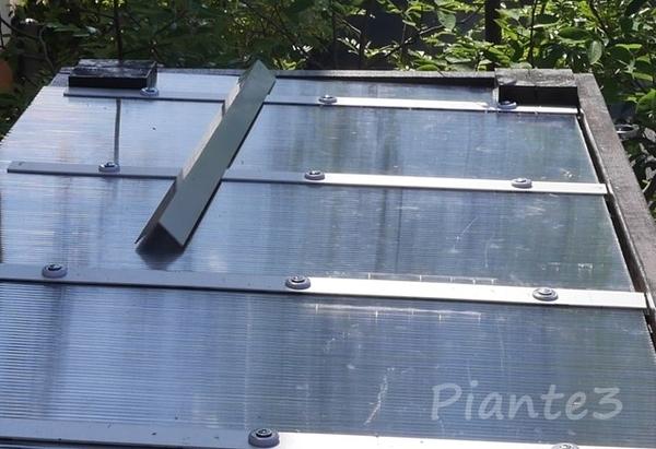 パーゴラ屋根の勾配の写真