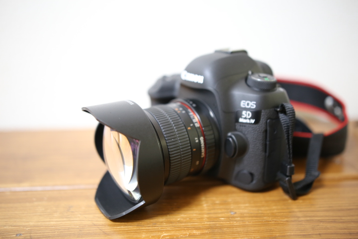 SAMYANG  14mm F2.8とCANON EOS5Dmark4
