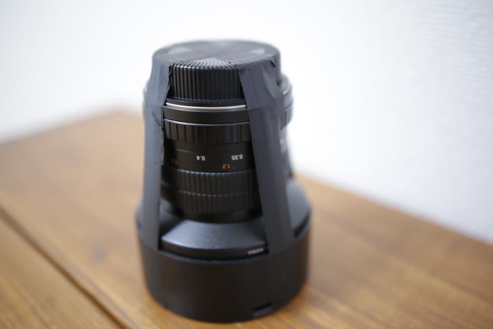 SAMYANG  14mm F2.8を接着しテープで固定