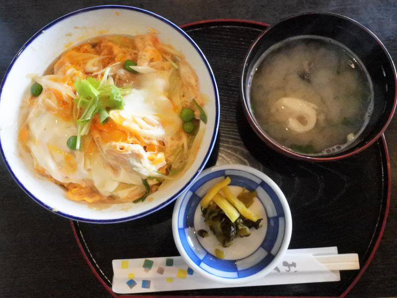 ユーリ 唐津 YOI カツ丼