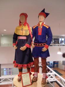 フィンランド民族衣装
