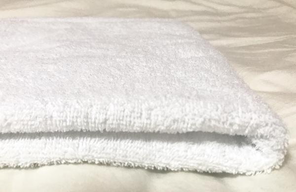林タオルの日本製の薄手の真っ白小さいバスタオル