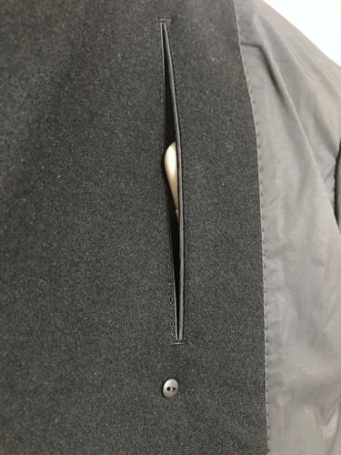 ユニクロとジルサンダーのダブルフェイスダブルブレストコートの内ポケット画像