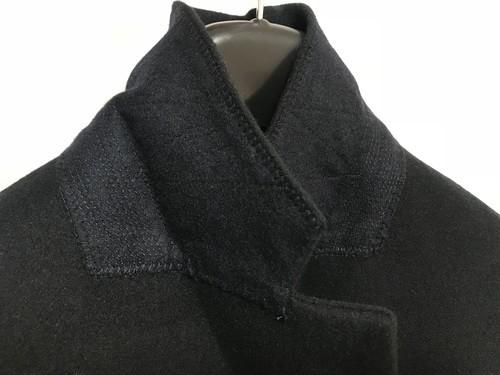 ユニクロとジルサンダー+Jのダブルフェイスダブルブレストコートの襟の裏側