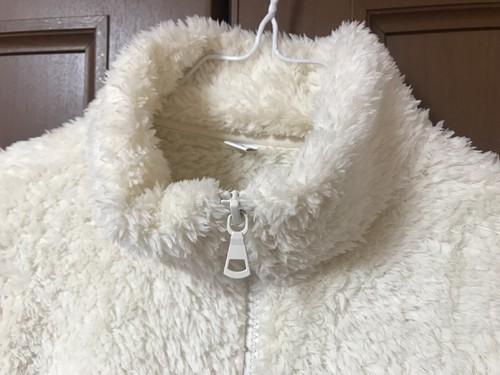 ユニクロのファーリーフリースフルジップジャケット洗濯後の襟の画像