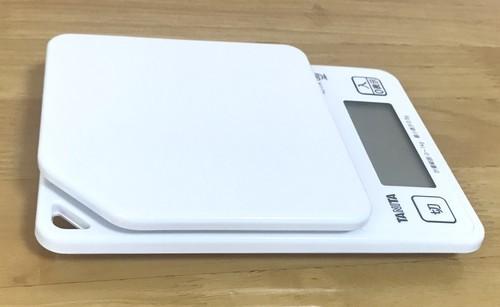 メルカリの重さを測るのにおすすめのタニタデジタルクッキングスケールKJ-114画像