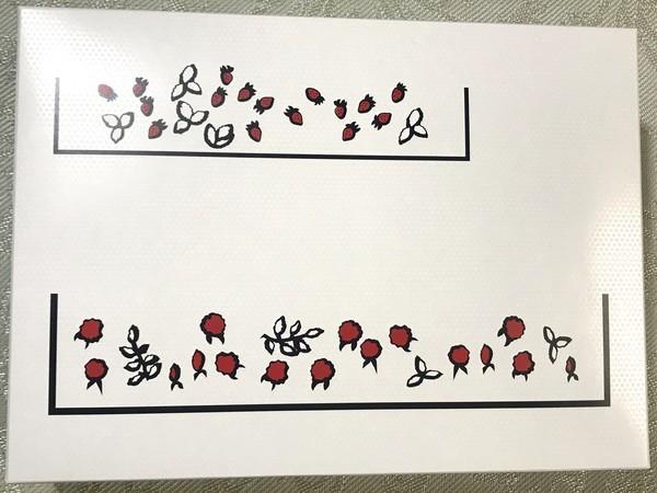 苺スイーツ店オードリーのグレイシアの紙箱デザイン画像