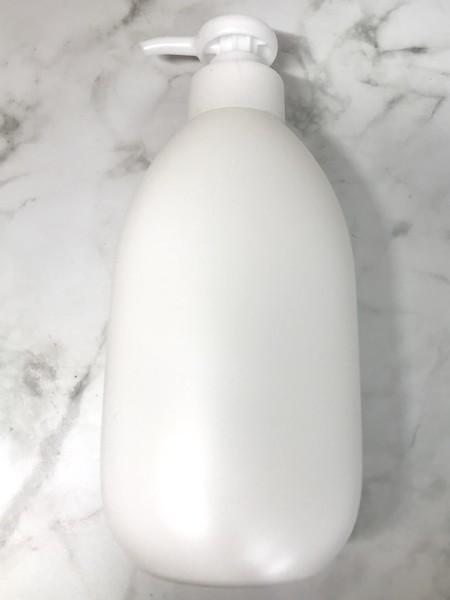 ミニマリスト風にパッケージラベルを剥して白いボトルに変える