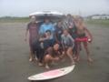 みんなでサーフィン楽しいな。