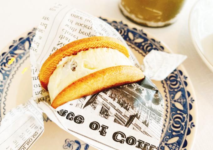 《お菓子とデザイン》タブレス、シンプルでナチュラルな雰囲気が素敵なバターサンドパッケージなど3選