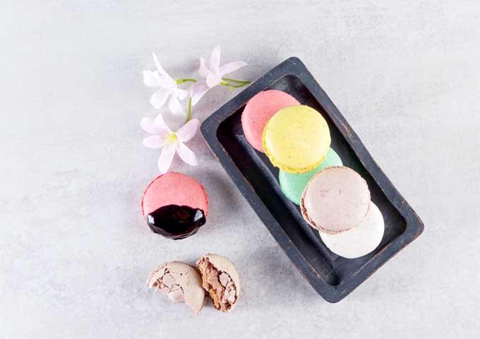 《お菓子とデザイン》菓游 茜庵【母の日・子供の日】、華やかな色合いが可愛いマカロンのような和菓子パッケージなど3選