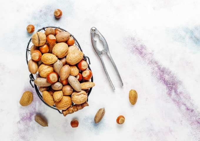 《お菓子とデザイン》グランドフードホール【贈り物】、ヴィンテージ感が魅力的なナッツパッケージなど3選