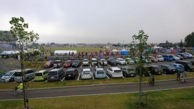 鶴ヶ城ハーフマラソン会場の会津総合運動公園の様子
