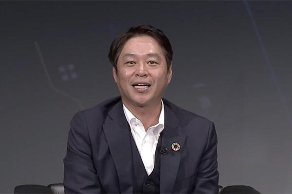 ファシリテーター ソフトバンク株式会社 常務執行役員 藤長 国浩