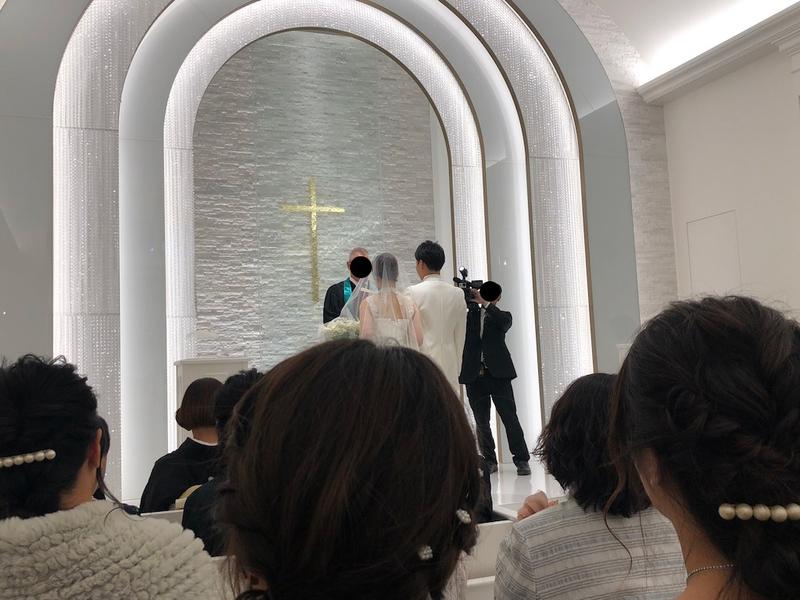 結婚式の光景
