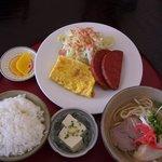 読谷山そば - 料理写真:そば定食¥700