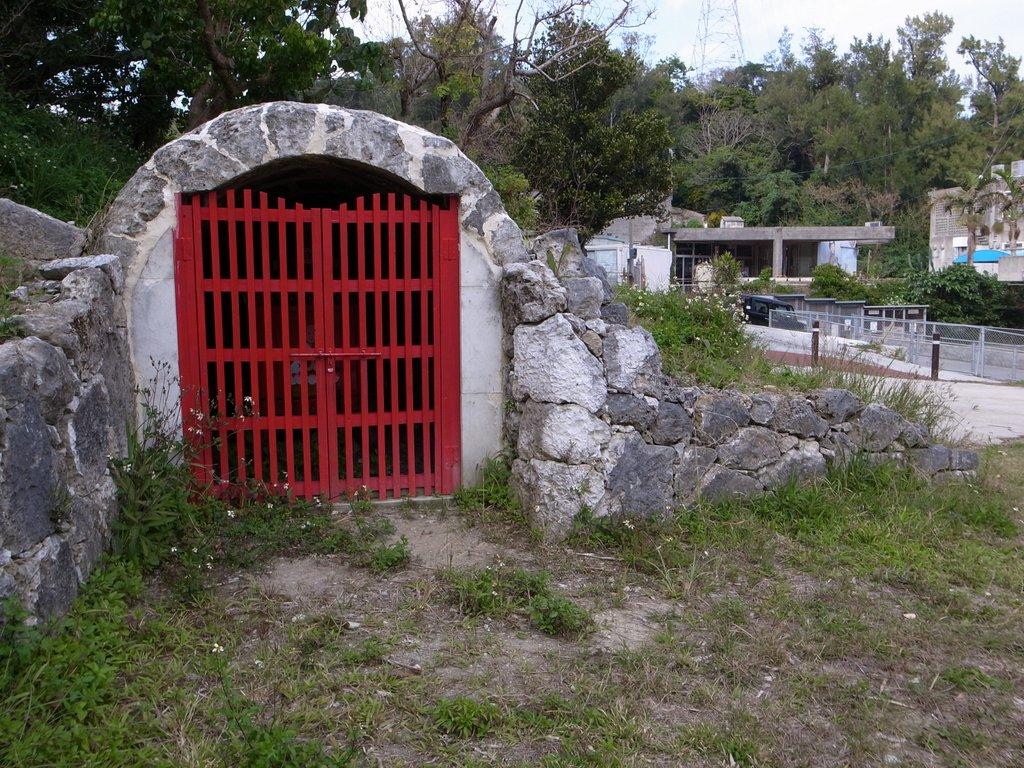 津覇の龕屋