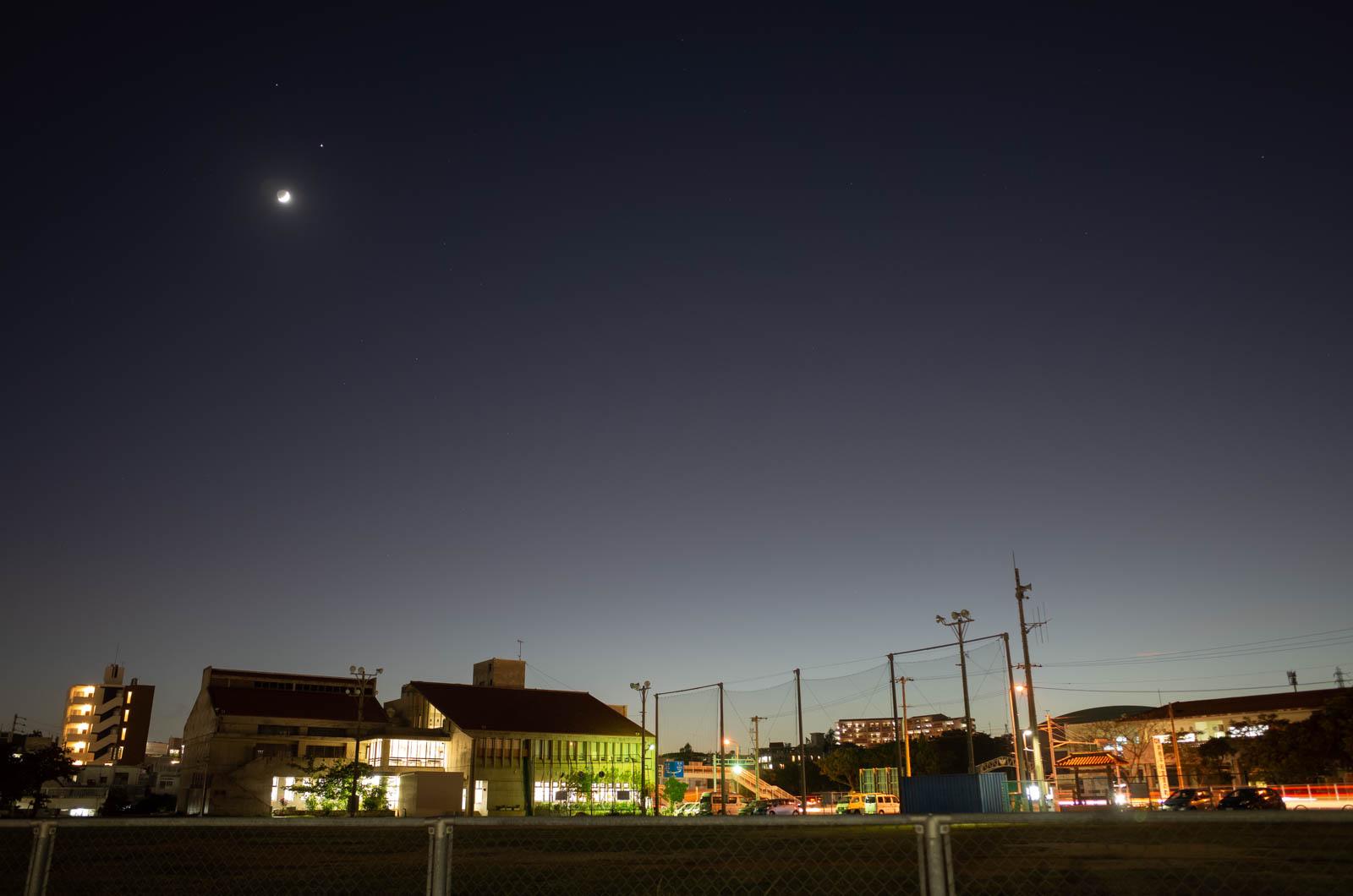 2020.11.19 与那原町・月と木星と土星