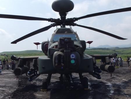 AH-64D正面右