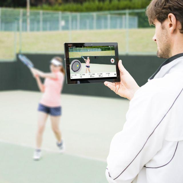 スマートテニスセンサーで課題をチェック課題をチェック