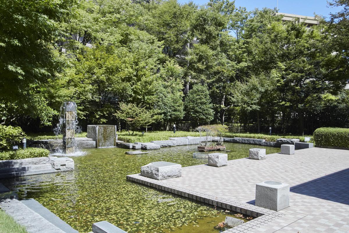 パークハウス多摩川の敷地内にある噴水