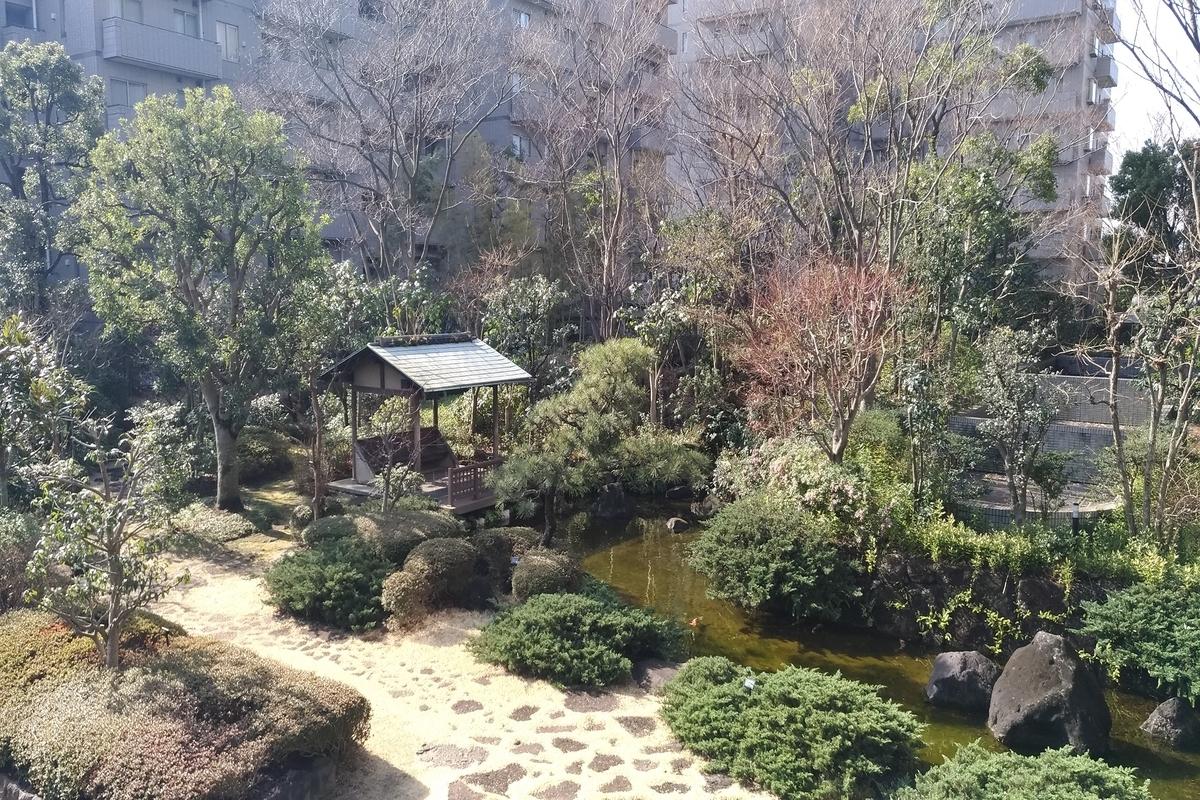 パークハウス多摩川の敷地内にある日本庭園