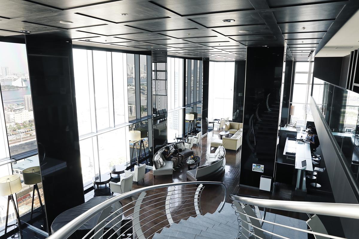ワールドシティタワーズ アクアタワーのスカイラウンジの写真