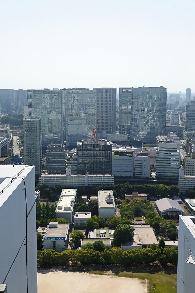 屋上のヘリコプターホバリングスペースからの眺め (品川駅方面)