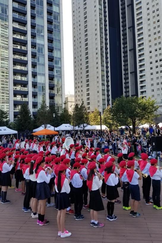 港南緑水公園での小学生による演奏会