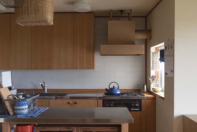 木の面材がナチュラルなキッチン