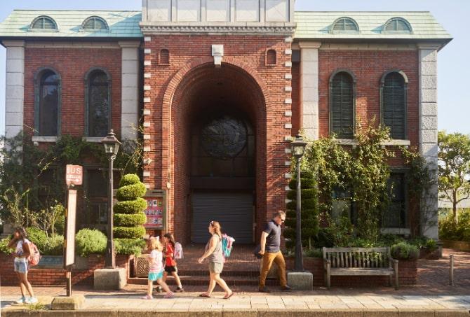 西洋風のデザインの岩崎博物館