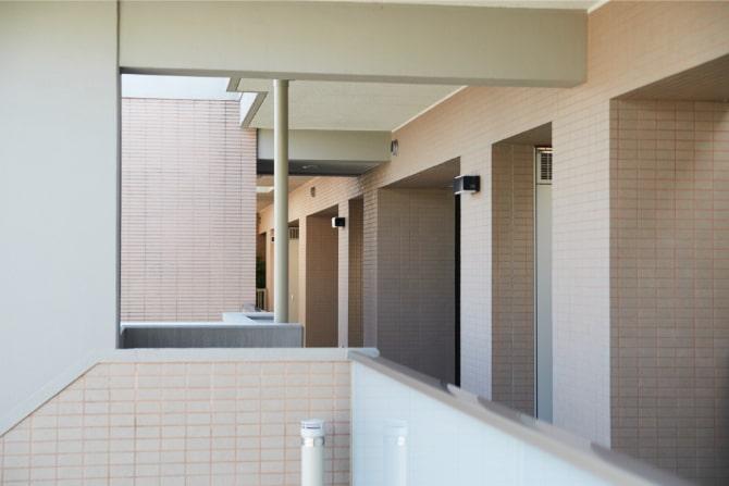 ハイコート山手パレ244の北館の廊下