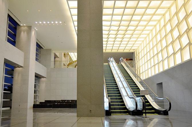ブリリアマーレ有明のエントランスホールの写真