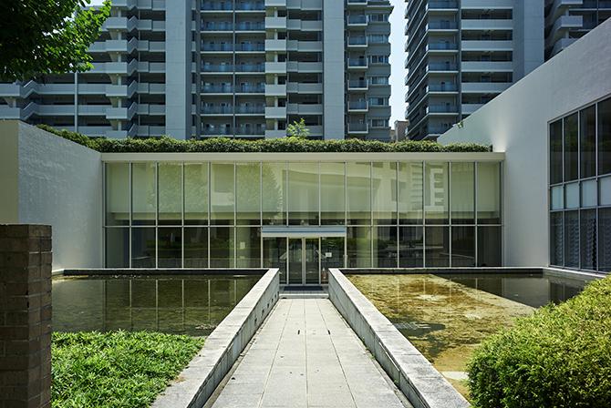 東京サーハウスのエントランス