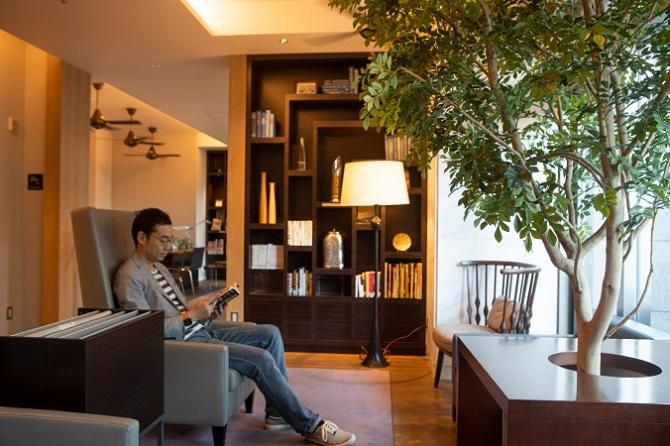 富久クロスコンフォートタワー内のブックカフェ