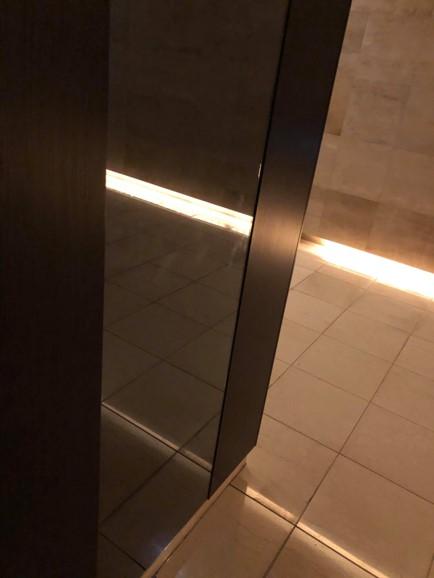 ガレリアグランデ共用部の鏡の写真