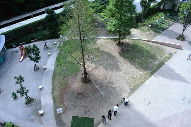 改修前のブラウシアの中庭の写真
