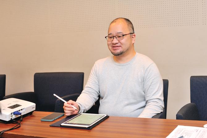 ブラウシアのIT委員の理事の平澤さんの写真